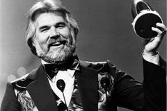 Huyền thoại nhạc đồng quê - Kenny Rogers qua đời ở tuổi 81