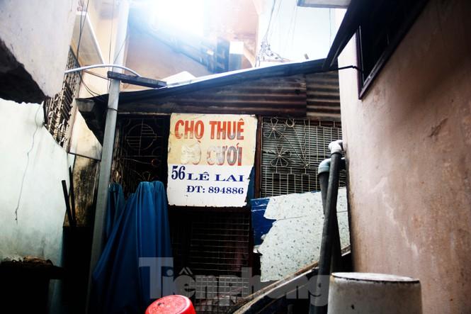 """Cận cảnh những khu tập thể """"ổ chuột"""", nguy cơ đổ sập ở trung tâm Đà Nẵng - ảnh 7"""