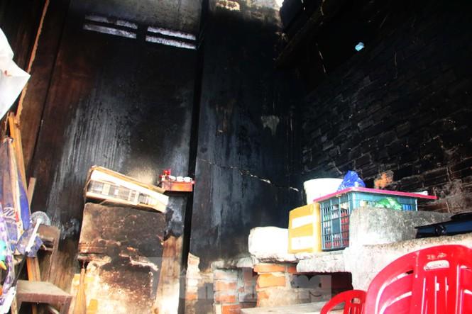"""Cận cảnh những khu tập thể """"ổ chuột"""", nguy cơ đổ sập ở trung tâm Đà Nẵng - ảnh 15"""