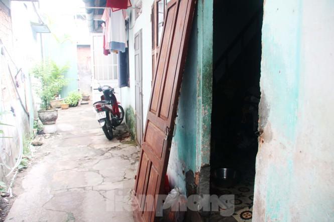 """Cận cảnh những khu tập thể """"ổ chuột"""", nguy cơ đổ sập ở trung tâm Đà Nẵng - ảnh 13"""