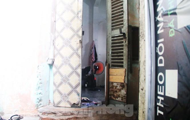 """Cận cảnh những khu tập thể """"ổ chuột"""", nguy cơ đổ sập ở trung tâm Đà Nẵng - ảnh 5"""