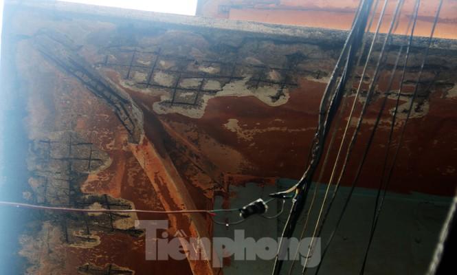 """Cận cảnh những khu tập thể """"ổ chuột"""", nguy cơ đổ sập ở trung tâm Đà Nẵng - ảnh 8"""