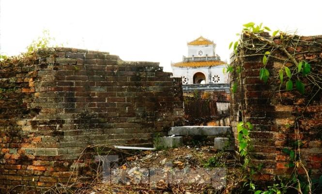 Chiêm ngưỡng những pháo đài cổ độc đáo hàng trăm năm trên Thượng thành Huế sau đại di dân - ảnh 13