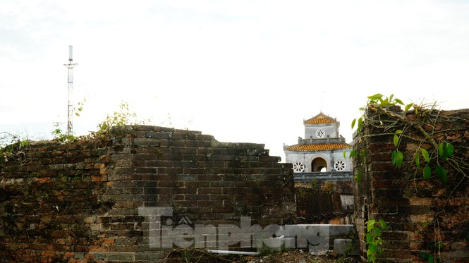 Chiêm ngưỡng những pháo đài cổ độc đáo hàng trăm năm trên Thượng thành Huế sau đại di dân - ảnh 5