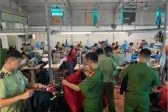 Hàng hiệu nổi tiếng của Mỹ được sản xuất tại..... Hưng Yên