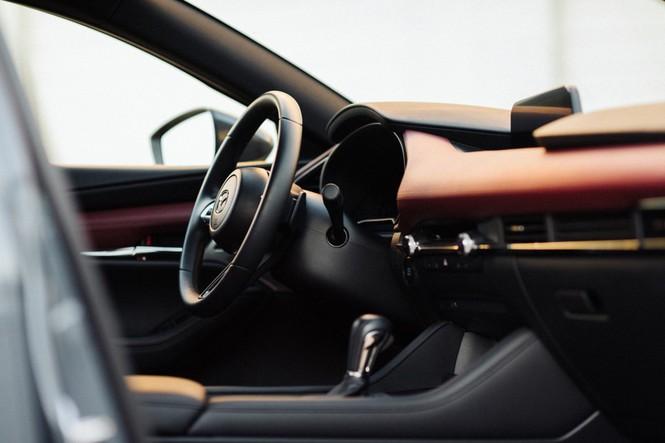 Mazda 3 2020 được nâng cấp tại Mỹ, giá từ 520 triệu đồng - ảnh 2