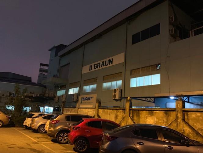 'Sống mòn' cạnh các nhà máy ô nhiễm 'chây ỳ' di dời giữa Thủ đô - ảnh 5