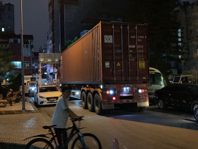 'Sống mòn' cạnh các nhà máy ô nhiễm 'chây ỳ' di dời giữa Thủ đô - ảnh 6