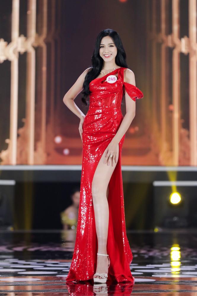 Bố của Đỗ Thị Hà chia sẻ điều muốn nhắn nhủ với con sau đăng quang Hoa hậu Việt Nam 2020 - ảnh 2