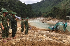 Rescue force discovers bodies of two workers, central region braces for typhoon