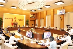 NA Standing Committee discusses financial and budget policies for Hanoi