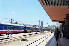 Saigon Railway announces 50 percent discount