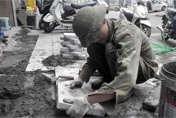 Hanoi to inspect pavements' stone paving