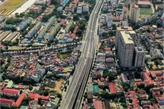 Focus on transport infrastructure development is sound solution for Hanoi's urban planning