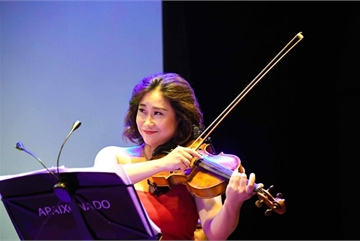 Violist Nguyet Thu to spark water world festival