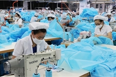 Vietnamese Government launched$1.14b support package to help COVID-19 hit workers
