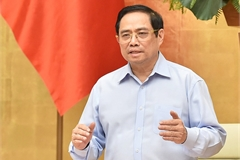 PM urges vaccination priority for HCM City