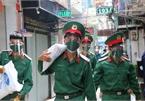Soldiers help HCM City residents in coronavirus battle