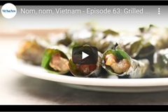 Vietnamese food: Grilled pork wrapped in pomelo leaves