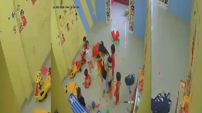 Cô giáo đánh, xách tay trẻ: Thu hồi giấy phép cơ sở mầm non - 1
