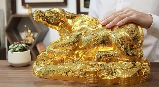 Quà Tết Tân Sửu 2021: 'Sốt' tượng trâu mạ vàng tiền triệu - 6