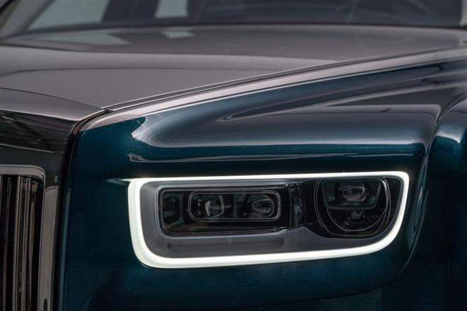 Khám phá Rolls-Royce Phantom Iridescent Opulence gắn 3.000 lông vũ - 7