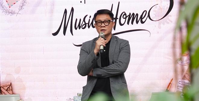 BTV Trần Quang Minh: Chăm 4 cậu con trai cũng bình thường thôi - 2