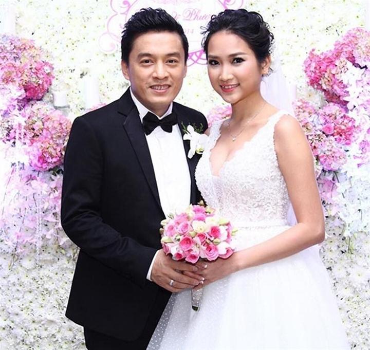 Những cuộc hôn nhân 'đũa lệch' của Vbiz: Cách 44 tuổi vẫn hạnh phúc như thường - 1
