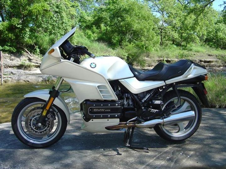 sieu-xe-mo-to-BMW-S1000RR