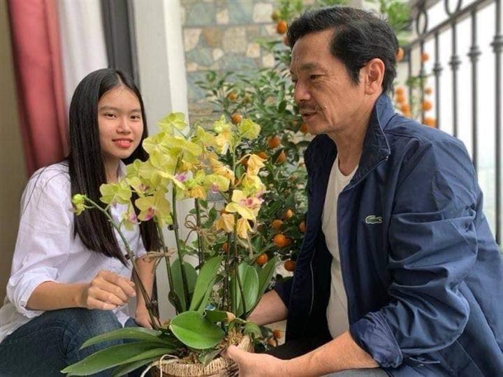 Con gái NSND Trung Anh 'Về nhà đi con' giành học bổng Mỹ - 1