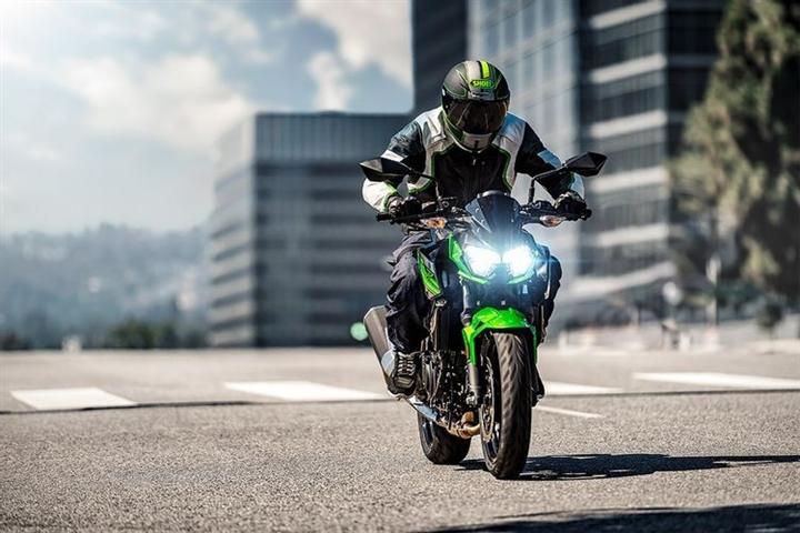 6 mô tô thể thao tốt nhất cho người mới lái - 5