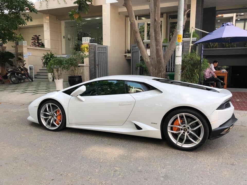 Lamborghini Huracan sau 3 nam su dung, ban lai 13 ty dong hinh anh 2