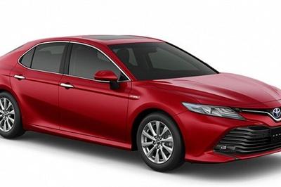 Cùng nhập từ Thái Lan, xe Toyota Camry tại Việt Nam lệch giá như thế nào?