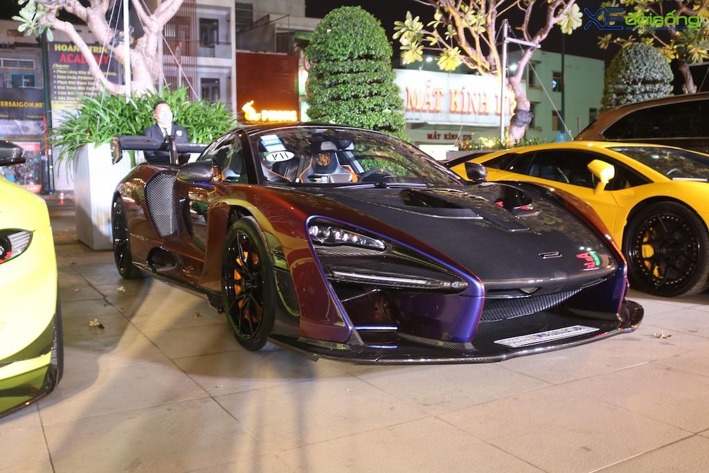 """Dàn siêu xe """"khủng"""" trăm tỷ của đại gia ngành thẩm mỹ mừng tiệc cuối năm, bao gồm siêu phẩm McLaren độc nhất Việt Nam ảnh 4"""