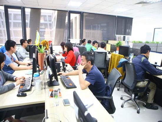 Sản phẩm FPT Software, VNPT Technology, BKAV, MISA được công nhận sản phẩm công nghiệp chủ lực Hà Nội | Dịch vụ chuyển đổi số của FPT lọt Top 10 sản phẩm công nghiệp chủ lực Hà Nội 2018