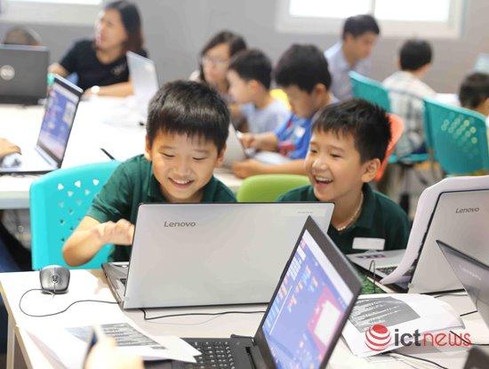 UNESCO: Có tới 8% học sinh Việt Nam, Hàn Quốc sử dụng Internet hơn 7 giờ/ngày | Học lập trình nhiều nhưng tỉ lệ học sinh biết tự tạo website, làm ứng dụng còn thấp