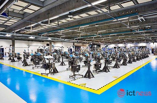 Universal Robots: Việt Nam là thị trường robot lớn thứ 7 thế giới| Tăng 30% năng suất nhờ ứng dụng robot hợp tác |Công nghiệp điện đã giúp doanh số robot tại Việt Nam tăng gấp hơn 5 lần |