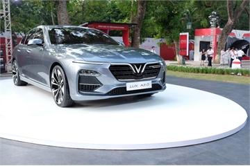 """Ô tô VinFast sẽ """"chinh phục"""" thị trường Việt thế nào?"""