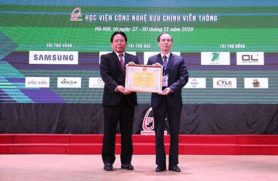 Nhiều trường đại học nổi tiếng châu Á tham gia thi đấu ICPC Asia Hanoi 2018   Chính thức khai mạc Olympic Tin học Sinh viên Việt Nam lần thứ 27   Khai mạc ngày hội của các tài năng trẻ CNTT-TT Việt Nam và châu Á
