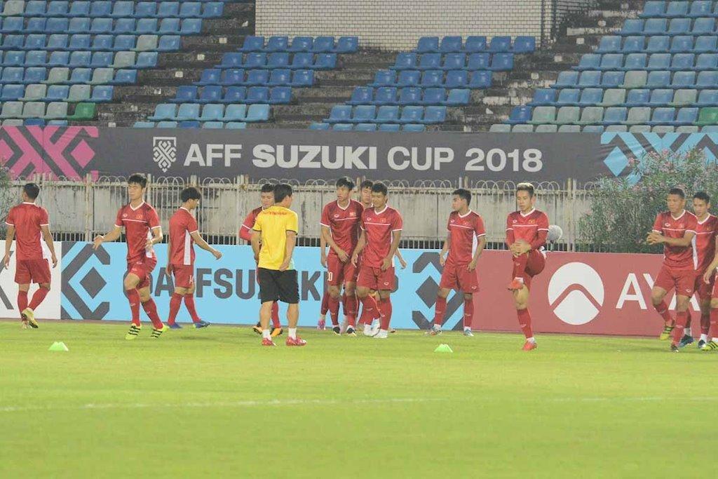 b2-viet-nam-vs-philippines-truc-tiep-viet-nam-philippin-aff-2018-link-vn-vs-philippines-aff-cup-2018.jpg