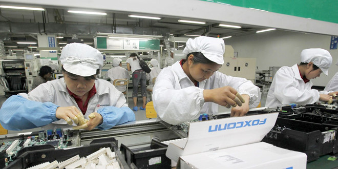 Foxconn xem xet mo nha may san xuat iPhone tai Viet Nam? hinh anh 1
