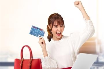 Ngân hàng hoàn tiền cho khách chi tiêu thanh toán qua thẻ ATM nội địa