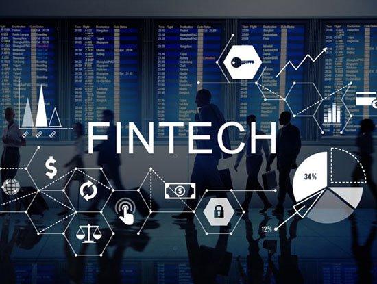 Thúc đẩy công nghệ Fintech và CNTT trong thời đại chuyển đổi số