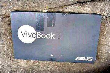 Mua laptop qua Lazada, khách hàng sốc vì nhận được máy cũ trôi bảo hành đựng trong hộp rách nát