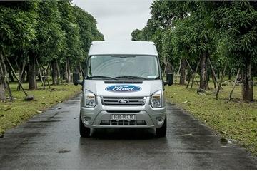 Ford giảm giá 30 triệu, tăng bảo hành cho Ford Transit