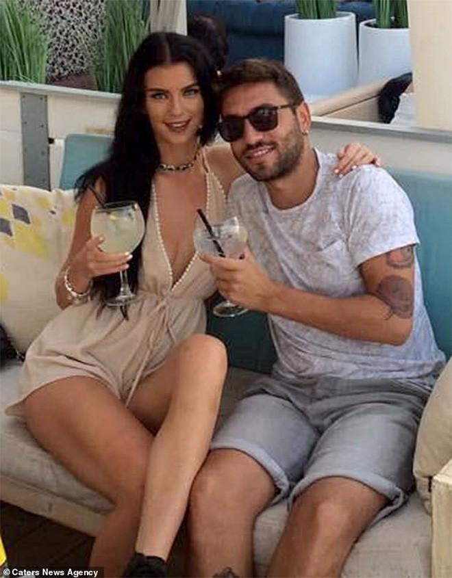 Google Dịch đã giúp anh chàng Ý và cô gái Anh hạnh phúc 2 năm trời dù bất đồng ngôn ngữ - Ảnh 1.