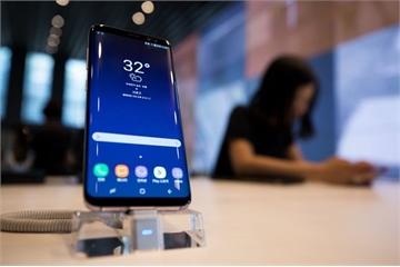 Người dùng Samsung khó chịu vì không xóa được ứng dụng Facebook