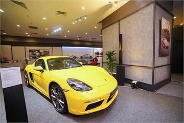Khó nhập xe về Việt Nam, Porsche bán gần 250 xe trong năm 2018