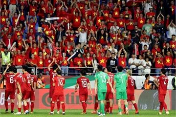 Hình ảnh trực tiếp buổi đón Đội tuyển Việt Nam từ sân bay trở về sau Asian Cup