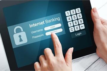 Nhiều người kêu khó chuyển tiền online ngày giáp Tết